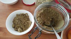 Le chanvre est une plante formidable et très spéciale. C'est la seule plante qui laisse le sol en meilleur état après avoir été récoltée.  On peut utiliser toutes les parties de la plante y compris les racines. On utilise le chanvre dans les tissus, la cosmétique, en papeterie, pour les moteurs, les peintures...  #crudivegan #laitdechanvre #chanvre #VEGAN #SANSGLUTEN #zerogluten  http://crudivegan.com/chanvre-petites-graines-sante-recette-lait-de-chanvre.html