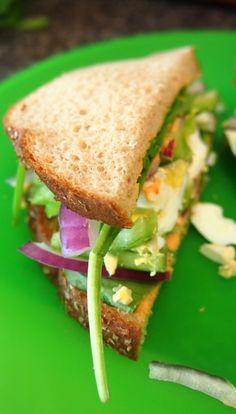 Go Make Me a Sandwich: Roasted Red Pepper Hummus Egg & Veggie Sandwich!
