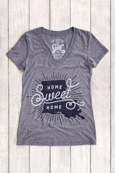 Spark Design Studio | Home Sweet Home Louisiana | State Pride Shirt | Gray Graphic Women's V-neck T-shirt | Super soft & comfy tri-blend shirt