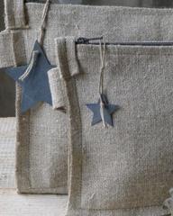 Linen pochettes