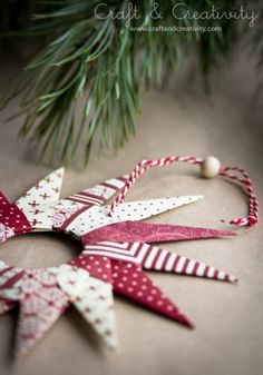 Diy Christmas Paper Decorations Origami Stars 20 Ideas For 2019 Diy Christmas Paper Decorations, Christmas Paper Crafts, Christmas Origami, Paper Ornaments, Diy Christmas Ornaments, Christmas Projects, Handmade Christmas, Holiday Crafts, Xmas Crafts To Sell