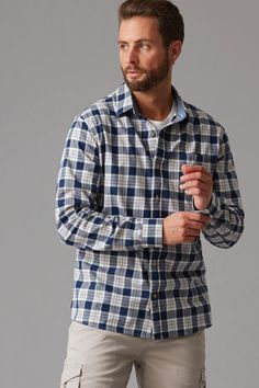 Cut in our regular fit in a breathable cotton this yarn dyed check shirt is as versatile as it is stylish. Featuring a left chest pocket, contrast trims and a box pleat cut into the back for added comfort. We've finished this shirt with branded Wild South buttons and woven shirt tag. Wear open and layer over your favourite tee or button up and team with your favourite cargo short or denim.