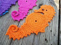 Aplique de Crochê  Cavalo Marinho -  /    Apply Crochet Seahorse -