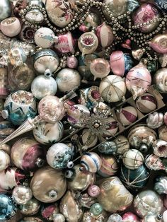 ☮ American Hippie Bohéme Boho Lifestyle ☮  Holiday .. Christmas Vintage Ornaments