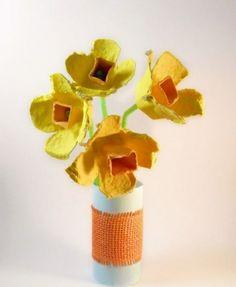 kreative bastelideen eierschachtel blumen vase
