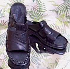 CLARKS BLACK LEATHER OPEN TOE SANDALS SLIDES SLIP ONS DRESS SHOES WOMENS SZ 10 N #Clarks #OpenToe #WeartoWork