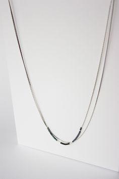 Collier chaines et perles MIYUKI / Argenté, gris et noir : Collier par tadaam-bijoux