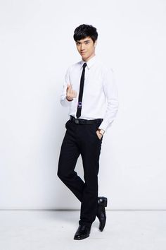 Resultado de imagem para mingkit two moons 2moons The Series, 2 Moons, Thai Drama, Actors, Gentleman Style, Series Movies, Poses, Season 1, A Good Man