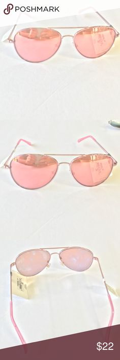 Reflective Pink Chrome Colored Sunglasses Reflective Pink Chrome Colored Sunglasses*** Look stylish even in the fall and winter when the weather wants to trick you into thinking the sun is gone with its harmful rays. Protect yourself and don't miss a beat in presentation with these beautiful sunglasses Accessories Sunglasses