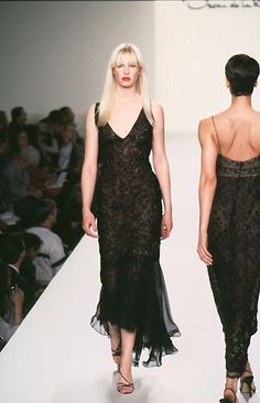 Oscar de la Renta - Ready-to-Wear Fall / Winter 1997 #oscardelarenta #fashion #vintage #90sfashion