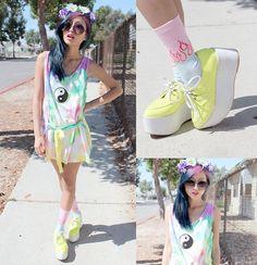 yellow white platform shoes, yin yang tie dye pastel top, flower festival headband