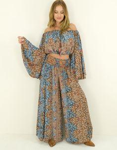 Set Natalia Ibiza Fashion, Dresses With Sleeves, Long Sleeve, Style, Fashion Styles, Swag, Sleeve Dresses, Long Dress Patterns, Gowns With Sleeves
