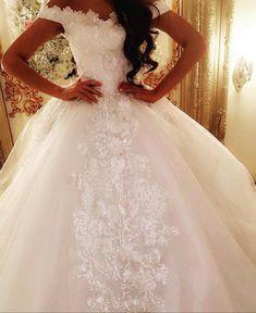 O rochie de mireasa de vis,💑 DA💑 implinim cu drag asteptarile voastre!