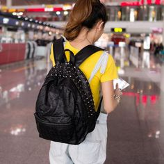2018 Cool Skull Backpack Fashion Women Leather School Bag For Teenage Girls Travel Backpacks Rivets Rucksack mochila Black Outfit Accessories From Touchy Style Backpack Brands, Men's Backpack, Fashion Backpack, Black Satchel, Black Leather Backpack, Pu Leather, Teenager Fashion Trends, Leather School Bag, Punk Fashion