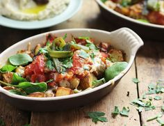 Smoky Peppers with Cheesey Patatas Bravas Recipe Vegan Foods, Vegan Recipes, Potato Sides, Bean Salad, Roasted Potatoes, Side Recipes, Queso, A Food, Food Processor Recipes