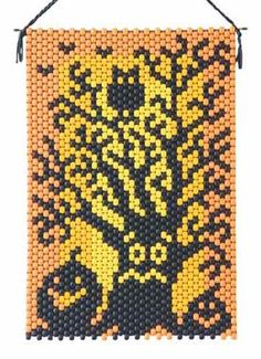 Spooked Tree Beaded Banner Kit The Beadery 7309 Pony Beads Pony Bead Projects, Pony Bead Crafts, Beaded Crafts, Beaded Ornaments, Pony Bead Patterns, Peyote Patterns, Beading Patterns, Halloween Beads, Beaded Banners
