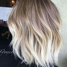 Shans fav hair colors and styles - Hair Colors Blonde Ideen Hair Inspo, Hair Inspiration, Medium Hair Styles, Short Hair Styles, Blonde Hair Looks, Fall Blonde Hair Color, Corte Y Color, Pinterest Hair, Hair Affair