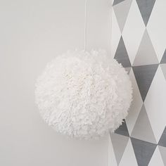 Servettlampa ~~~ Lamp made of napkins ~~~ https://www.instagram.com/jossanspysselochbak/