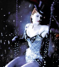 Nicole Kidman as Satine with her sparkling Black Diamonds gown (Moulin Rouge !)
