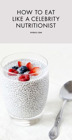 What top nutritionists eat for breakfast, lunch, and dinner -- I am more interest in the chia pudding, but even better if it is healthy :D Healthy Habits, Get Healthy, Healthy Tips, Healthy Snacks, Healthy Recipes, Dinner Healthy, Acai Recipes, Cooking Recipes, Recipies