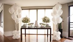Chegada à recepção de batizado decorada com lindas flores e balões - Dudu