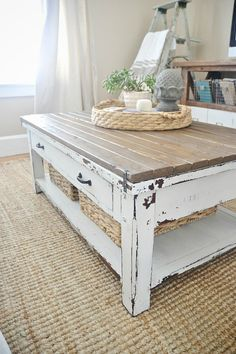 World Market coffee Table makeover - with some boards & paint create a custom coffee table to fit your style! table coffee DIY World Market Coffee Table Makeover Diy Furniture, Coffee Table Design, Diy Coffee Table, Rustic Furniture, Coffee Table Inspiration, Coffee Table Farmhouse, Home Decor, Home Diy, Table Inspiration