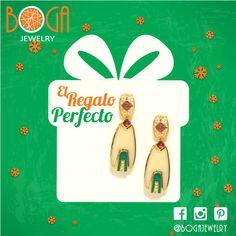 El regalo perfecto en esta Navidad es un juego de aretes largos con baño de oro en distintos tonos. Encuéntralos en nuestra isla en el centro comercial San Marino #bogalovers #bogajewelry #sanmarino