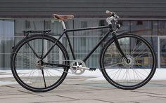 Hallo Radfahrer. Heute gibt es hier im Blog die zweite Fahrradvorstellung in der Kategorie Urban-City-Bike. Unser Anschauungsobjekt ist das Modell Simplicity der VSF Fahrradmanufaktur. Die VSF Fahr...