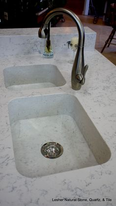 Integrity sinks by Silestone using the color lyra