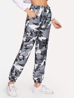 Pantalones con estampado de camuflaje de cintura con cordón-Spanish Romwe  Pantalones Estampados 6665344dd22c