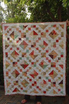 Ever had fabrics so lovely that you knew exactly what quilt pattern you wanted to make with them? That would be a waste made into anything else? Even when you are REALLY close to the wire with this…