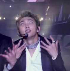 Thats Namjoon reacting to Jin and his sweet moves Also us reacting to Jin and all Kpop boys and their sweet moves Bts Derp Faces, Meme Faces, Funny Faces, K Pop, Namjoon, Bts Funny Moments, All Meme, Bts Face, Bts Meme Face