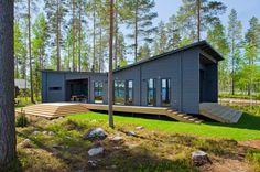 HUILI - Prefab building / wooden / energy-efficient / contemporary by Honka Log Homes House Plans Uk, Modern Bungalow House Plans, Modern Cottage, Modern House Design, Prefab Buildings, Prefabricated Houses, Prefab Homes, Log Homes, Bungalows