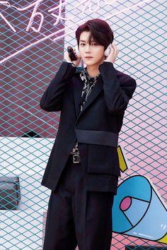 Extended Play, Luhan, Peplum Dress, Singer, Blazer, Boys, Jackets, Dresses, Galaxy Wallpaper