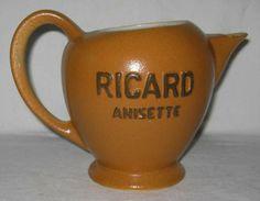 Pichet de bistrot ancien en faïence Ricard Anisette  -