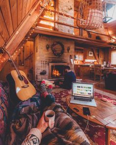 30 Hygge inspirations to experience winter like a Dane! - 30 Hygge inspirations to experience winter like a Dane! A Frame Cabin, A Frame House, Cozy Cabin, Cozy House, Cozy Cottage, Ideas De Cabina, Cabin Interiors, Cabin Homes, Tiny Homes