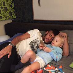 Neymar Jr e Davi Lucca Neymar Jr, Good Daddy, Daddy And Son, Team Player, Football Players, Fc Barcelona, Love You Cute, My Love, Superstar