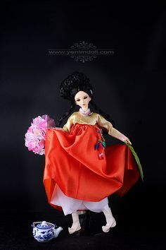 Korea bjd doll yenimdoll Her name is Unyeong Yeondu is sd doll (43cm)  her dress is korea traditional dress Hanbok