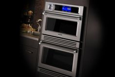 You can cook a steak in 5 minutes with the Viking TurboChef oven