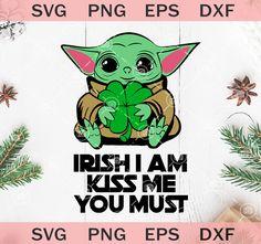Saint Patricks Day Art, Happy St Patricks Day, Yoda Movie, Yoda Png, Painted Window Art, Yoda Drawing, School Shirt Designs, Irish Baby, Small Wood Projects