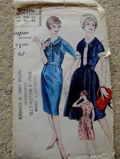 1961 Original Vintage Vogue Dress Pattern by MizjaynesEmpireroom