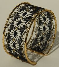 Nyheder. Lace Jewelry, Jewellery, Bobbin Lace Patterns, Lace Heart, Lace Making, Wire Art, Lace Detail, Handcrafted Jewelry, Cuff Bracelets