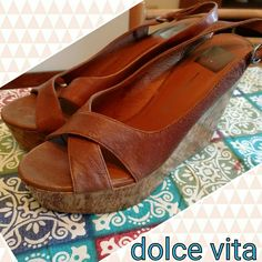 Dolce vita leather wedge sandals sz ten Dolce vita wedge sandals sz ten. Genuine leather. Mint condition. Pretty brown w touch of orange Dolce Vita Shoes Wedges