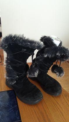 6b48562915a Report Women s Olympic Black Suede Lace-up Faux Fur Trim Boots Shoes size  8.5
