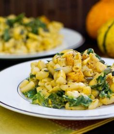 I rarely say such blasphemous things, but I want it to be cold and dreary so I can make this butternut squash mac.