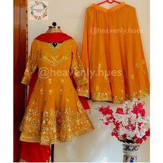 Image may contain: people standing Simple Pakistani Dresses, Pakistani Dress Design, Indian Dresses, Indian Outfits, Bridal Suits Punjabi, Punjabi Suits Party Wear, Indian Bridal Wear, Wedding Suits For Bride, Wedding Dresses For Girls