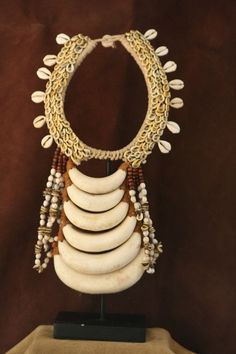Jewelry designing tips: elements of design Tribal Necklace, Tribal Jewelry, Western Jewelry, Yoga Jewelry, Hippie Jewelry, African Beads, African Jewelry, Shell Necklaces, Jewelry Necklaces