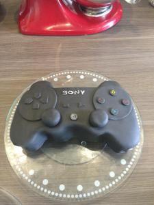 PS3 Controller Cake Tutorial