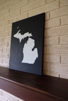Hand painted acrylic on canvas of Michigan - Americas high-five state