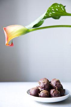 Pumpkin Spice Chocolate Truffles - The Green Life